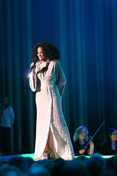 399px-Nobel_Peace_Prize_Concert_2008_Diana_Ross1